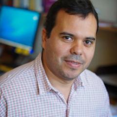 Dr Pedro Fidelman